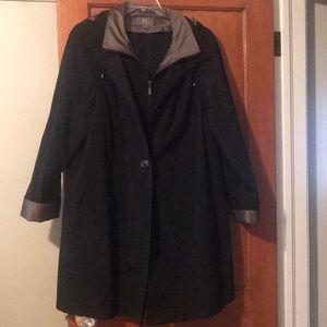 Gallery New York rain coat with zip in lining